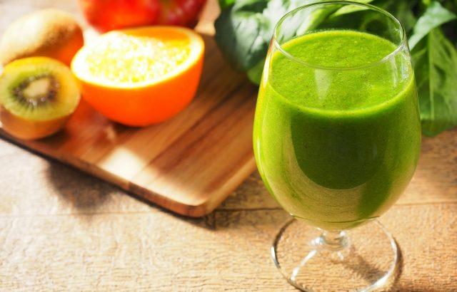 【すっきり爽快青汁】乳酸菌とトマトの力で毎日健康でスッキリ生活!