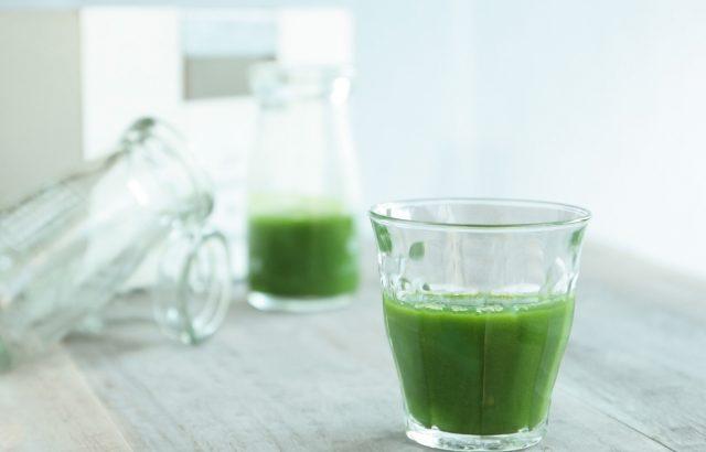 【藍の青汁】野菜不足、体の不調、健康に悩みがある方、これで解決!